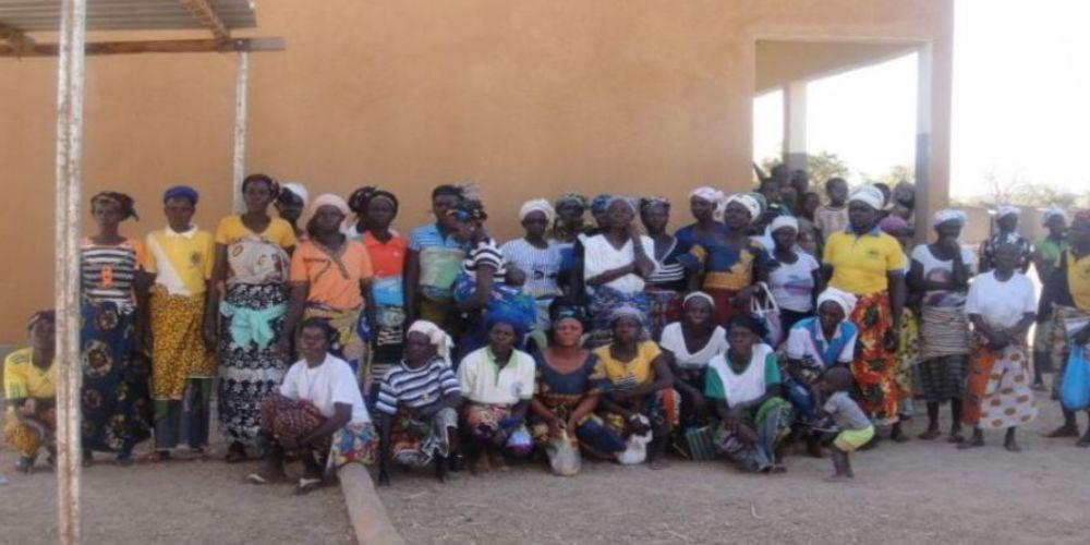 Le groupe de femmes qui a obtenu les microcrédits pour leurs maraîchages